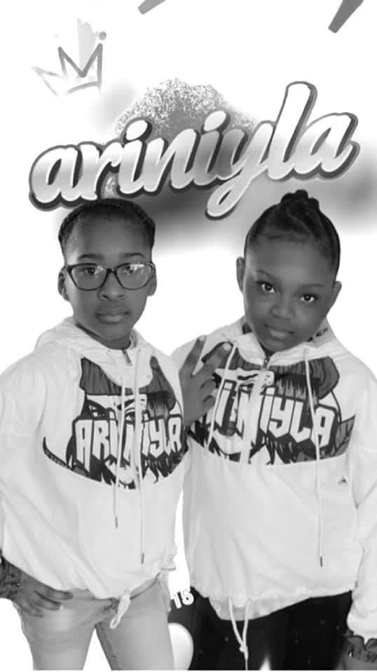AriNiyla the Brand #Supportsmallbusiness #brand #fashion #ejimoo #followus