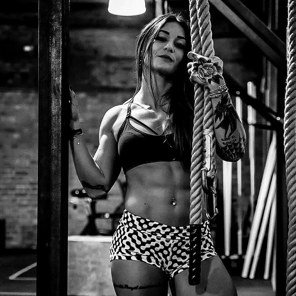 Money or legacy? Inill athlete: Célia Gabbiani #inill #alwaysprogress #unify #crossfit #model