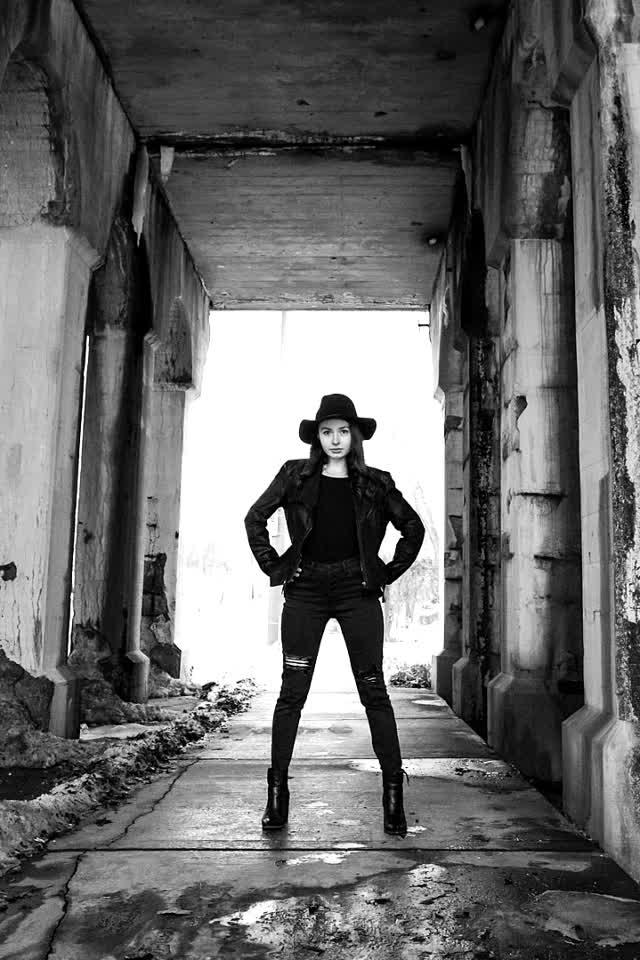 Stand Stall #MidwestExposure @alfred #Ejimoo #Follow #Photo #Explore #Girl #Model #Milwaukee #Moody