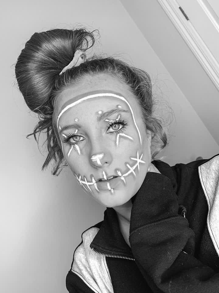 Halloween is tomorrow and I am soooo excited!! #halloween #ejimoo
