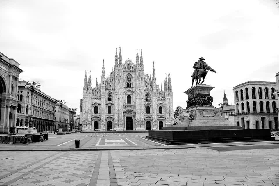 Piazza del Duomo (Cathedral Square), #Milan - #Italy #coronavirus