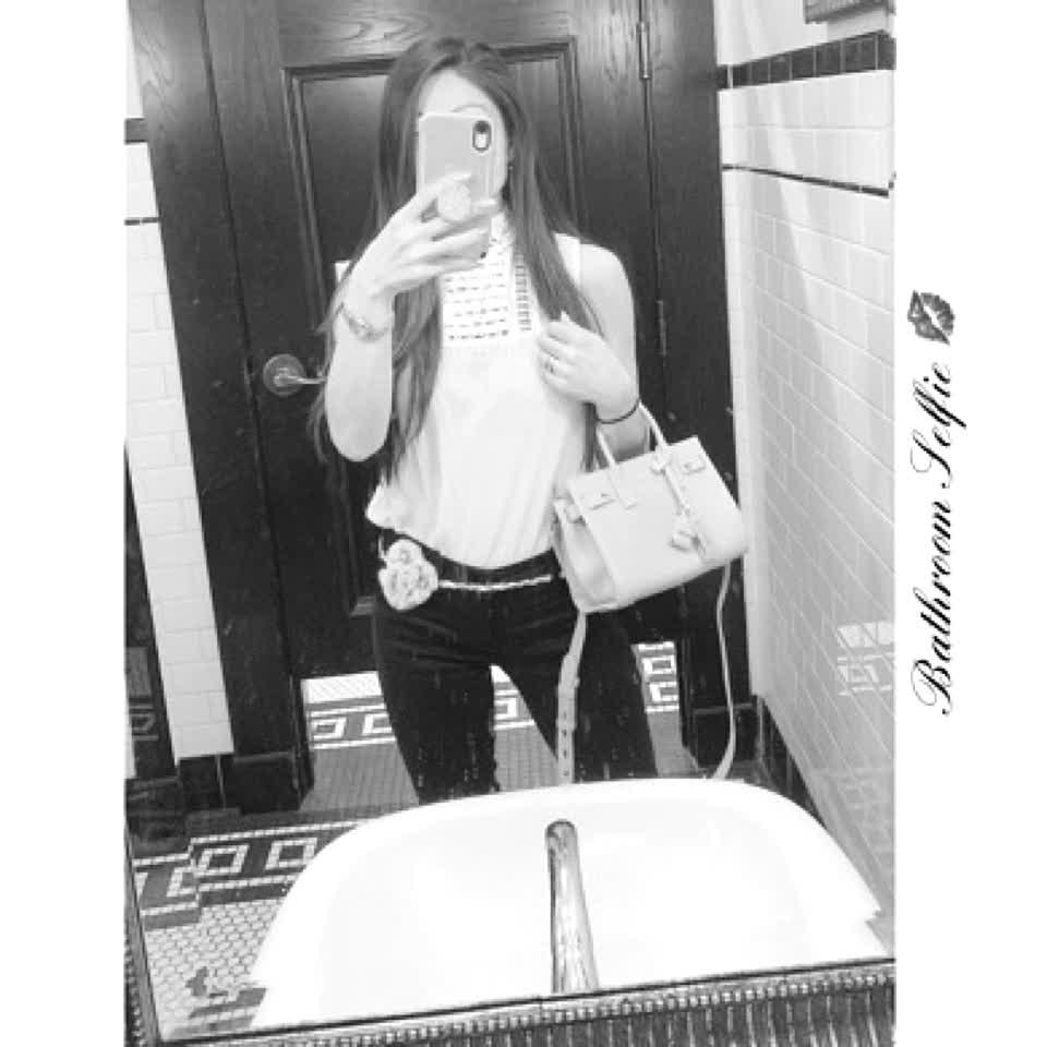 #bathroom #selfie 💋 #unify #realunify #fire #follow #like #love #fashion #saintlauren #alfred #nyc