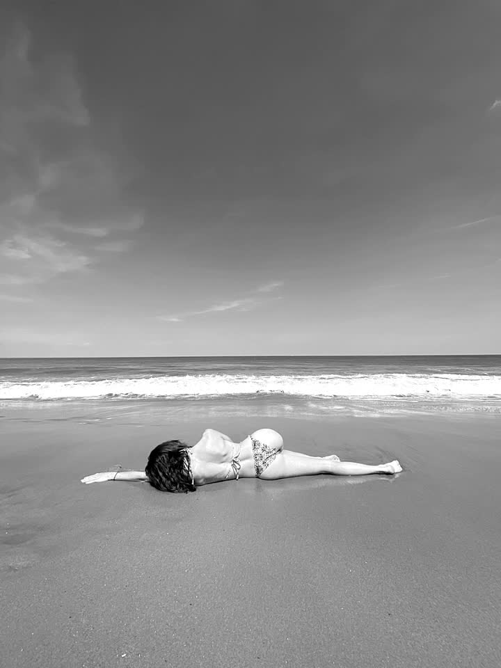 sunkissed #unify #xoxo #beach #oceancity #bikini #sunkissed #summer