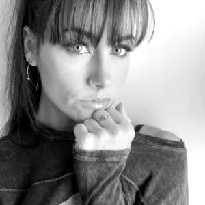 that1girl_serena